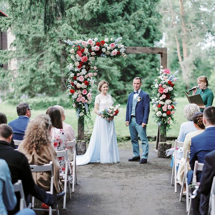 Агентство POLOTNO - свадьба в шатре при отеле «Лесная дача»