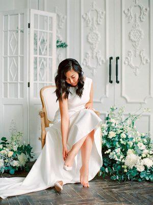 Невеста на камерной свадьбе москва